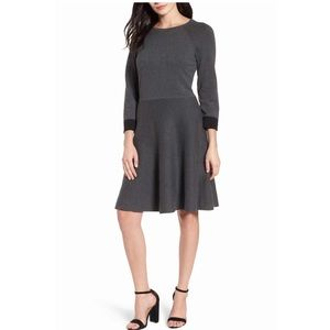Vince Camuto Flat/ Flare Sweater Dress